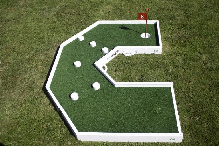 crazy golf fun hole 8 b 800