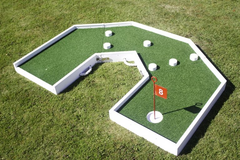 crazy golf fun hole 8 c 800